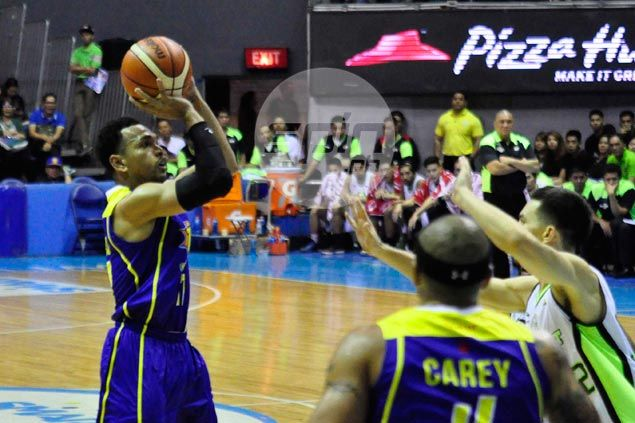 Castro, Rosario pick up slack in Tautuaa absence, lead Talk 'N Text past GlobalPort