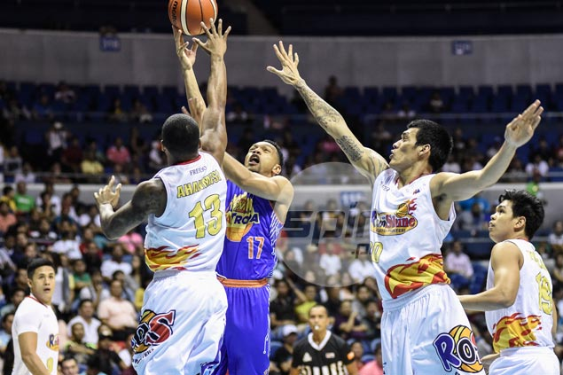 Jayson Castro leads decisive blitz as Tropang TNT blows past Rain or Shine