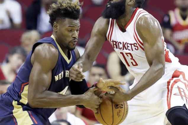 Former NBA player Jeff Adrien charged with grand theft auto after taking Mercedes for a joyride