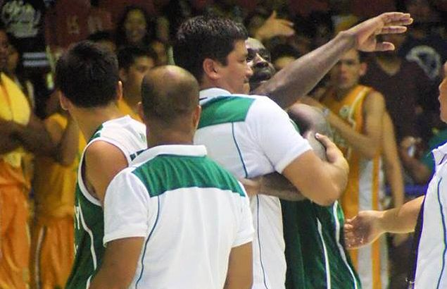 Chaotic end to UV's title defense in Cebu as Green Lancers teammates nearly come to blows