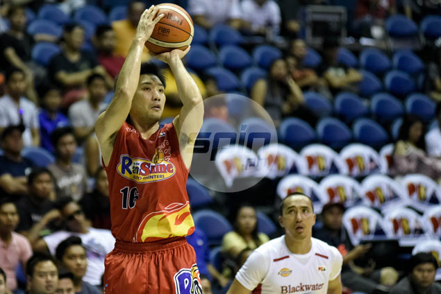 Hot-shooting Jeff Chan beats Romeo, Fajardo, Alapag for PBA Player of Week citation