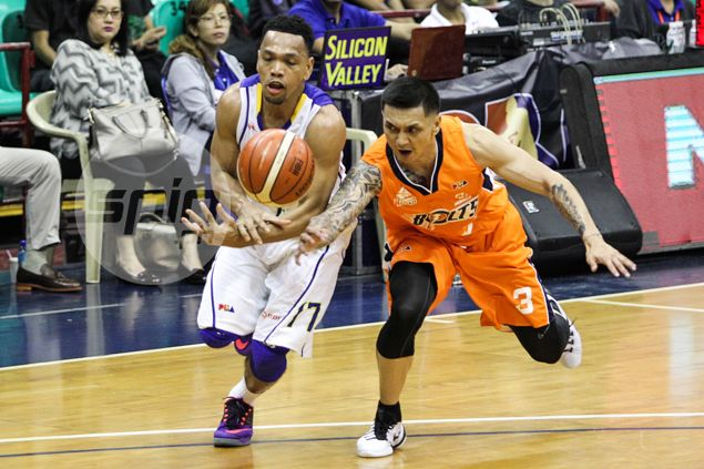 Like Talk 'N Text, Alapag hopes new team Meralco will find a way to win soon enough