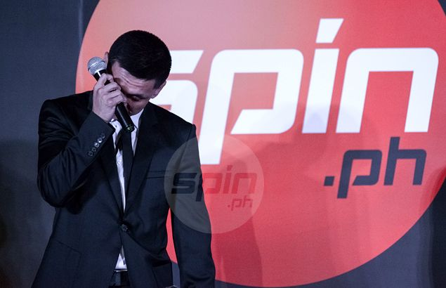 Jimmy Alapag gets emotional at Sportsman of Year awards as he thanks pal Taulava, Chot Reyes, wife LJ Moreno. See VIDEO