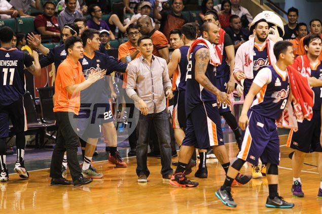 After getting 'gorilla' off their back, Alapag, Meralco try to gain steam vs NLEX