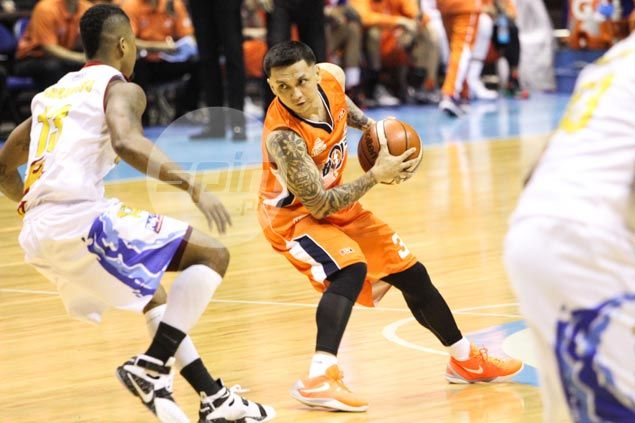 Jimmy Alapag vows Meralco turnaround: 'Things will get better, that's a promise'