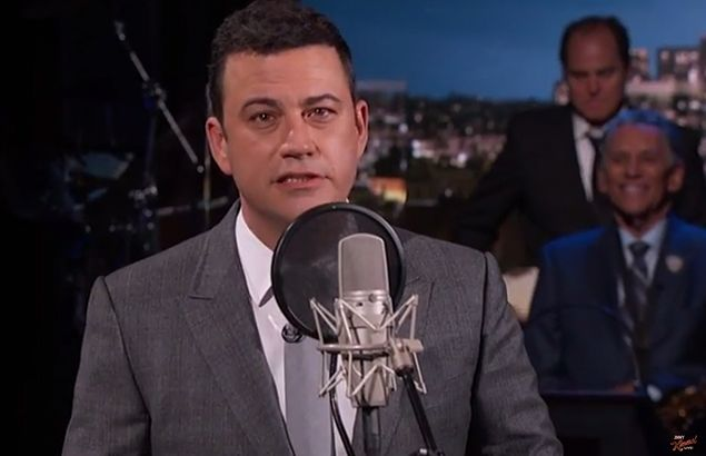 Jimmy Kimmel shows support for pal Pacquiao by singing lines from his new song