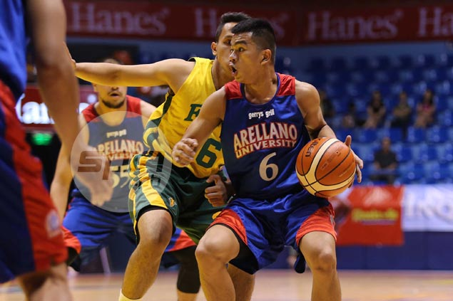 Jio Jalalon takes charge as Arellano drubs FEU to stay unbeaten in Filoil Cup