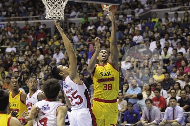 Joe Devance delivers telling blows as Star turns back Ginebra fightback