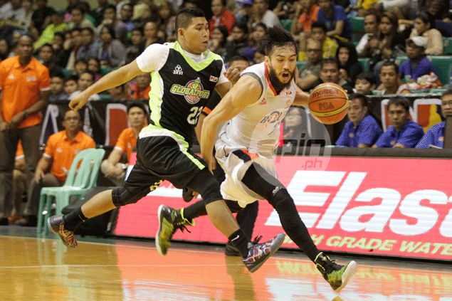 Rookie John Pinto spends New Year away from family as he strives to make mark in PBA