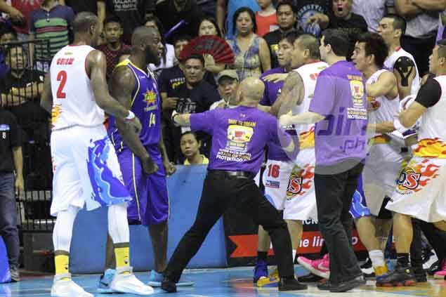 Talk 'N Text levels finals with Rain or Shine after winning fight-marred Game Four