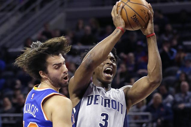 Pistons blow 27-point lead but recover late to survive Knicks rally and hand New York fifth straight road loss