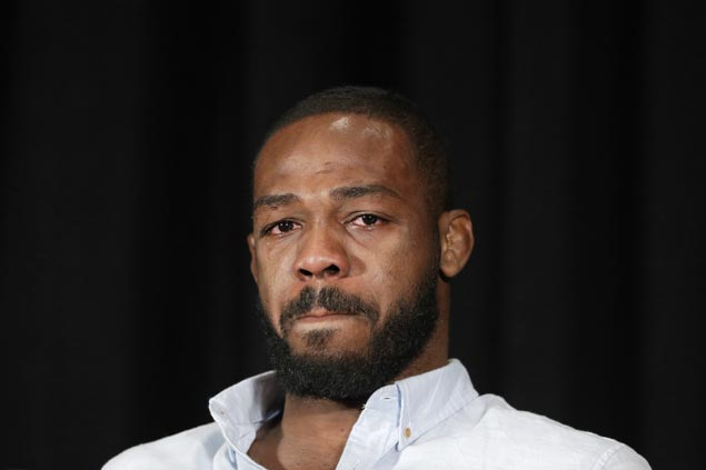 Jon Jones breaks down, denies PED use after drug test knocks him out of UFC 200
