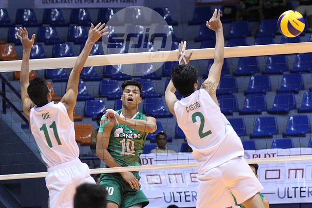 Johnvic de Guzman stars anew as CSB Blazers end Spikers Turf campaign with win over FEU Tamaraws