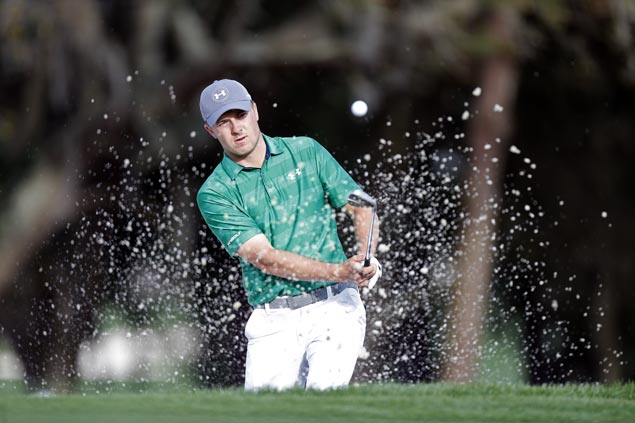 Jordan Spieth struggles as Keegan Bradley, Ken Duke share early lead in Valspar Championship
