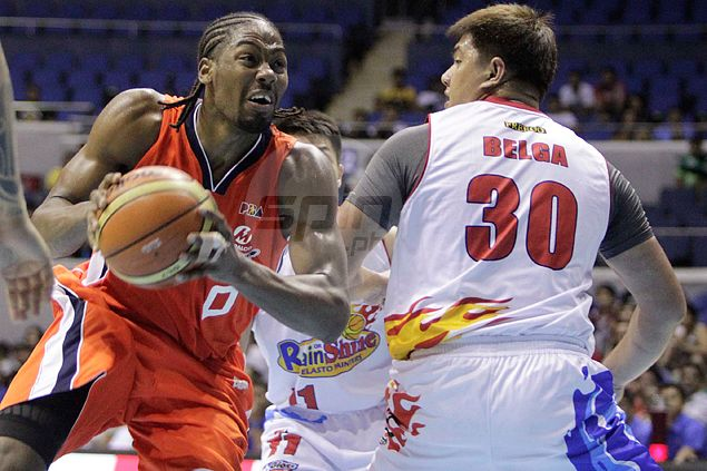 Unheralded Davis continues to impress as Meralco frustrates Rain or Shine to stay unbeaten