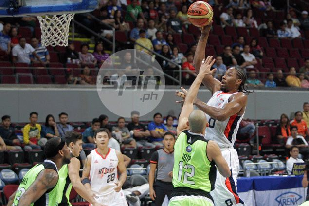 Meralco still clueless on when injured import Josh Davis can play
