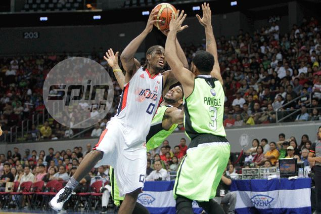 Josh Davis hits floater at the buzzer to lead Meralco to fifth win in a row at expense of GlobalPort