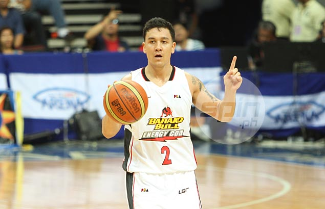 Ginebra boosts backcourt with acquisition of Urbiztondo in time for playoffs