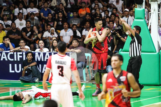 Jay-R Reyes rues Game 3 ejection, insists elbow to Vic Manuel jaw unintentional