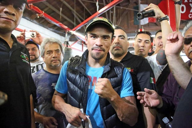 Juan Manuel Marquez warns something's not right with Pacquiao ahead of Bradley fight