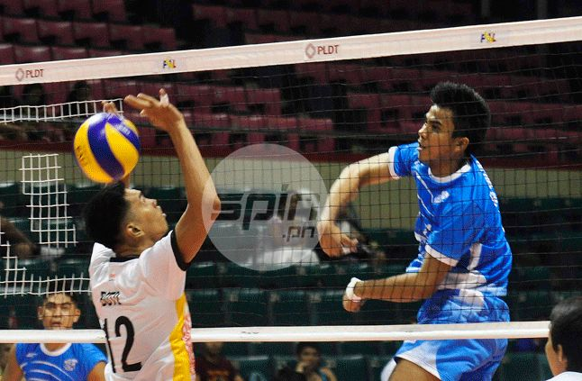 Spikers' Turf: Fighting Maroons get tongue-lashing from coach despite four-set win over Blazers