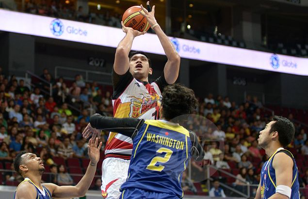 Unstoppable June Mar Fajardo beats out Calvin Abueva for PBA Player of the Week honor