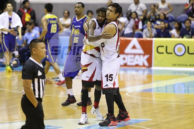 June Mar Fajardo has last laugh in match-up against TNT import David Simon