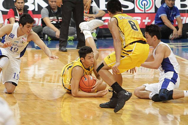 UST coach full of praise for Player of the Week Kevin Ferrer: 'You can't question his heart'