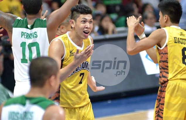 Another injury blow for UST as Kevin Ferrer fractures non-shooting hand in practice