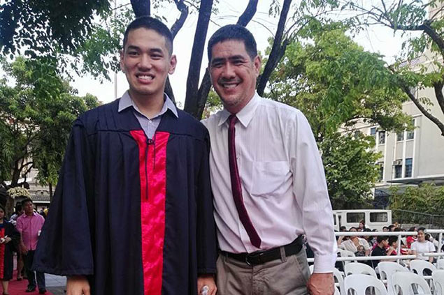 BIG DAY: Alas family attends Kevin graduation before father and son clash in crunch PBA match