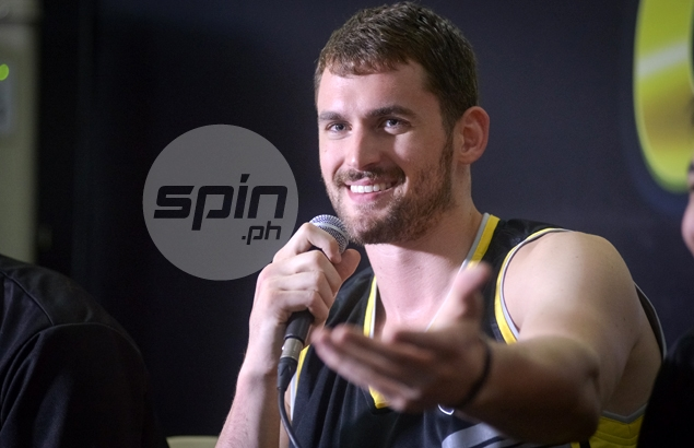 Kyrie Irving, Kevin Love, Anderson Varejao, Timofey Mozgov making good progress from injuries as training camps near