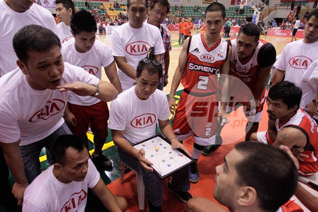 KIA players look forward to joining coach Pacquiao in pre-fight introductions in Macau