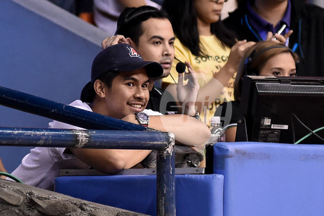 'Big brother' Kiefer Ravena shows up to support Gretcel Soltones in NCAA title game