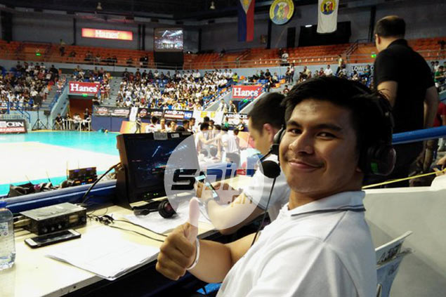Kiefer Ravena nails debut as TV volleyball analyst, thanks to on-the-fly advice from mom Mozzy