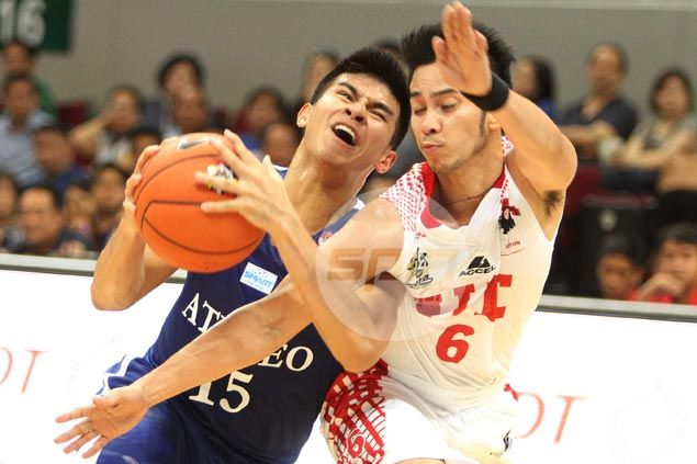 Kiefer Ravena outduels UE star Roi Sumang in veritable shootout as Ateneo wins UAAP overtime thriller