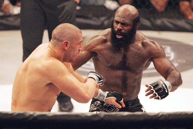 Backyard brawler turned YouTube sensation and MMA fighter Kimbo Slice dies at age 42