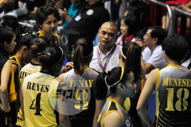 UST coach Kungfu Reyes warns Tigresses to be wary of vengeful La Salle side