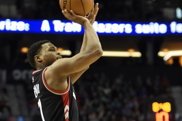 Raptors stretch streak to five with rout of struggling Lakers