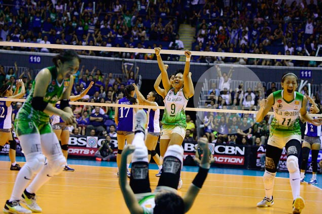 La Salle Lady Spikers put end to Ateneo 24-game win run in emphatic fashion
