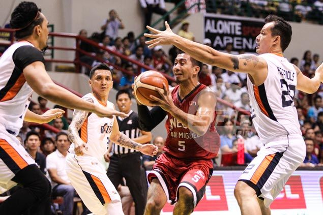 Ginebra bounces back with a vengeance, deals Meralco a fifth successive loss