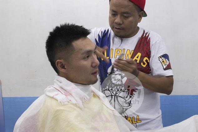 'Kwentong barbero' as unique as haircut in PBA players' favorite barbershop