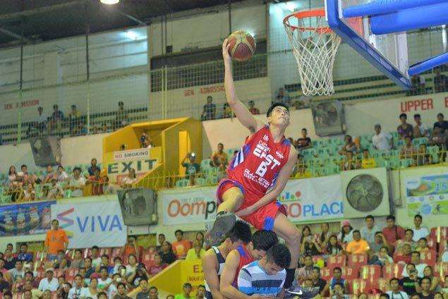 University of the Visayas' Leonard Santillan captures second straight Cesafi slam dunk title