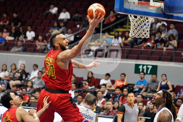 Former hockey player Liam McMorrow hardly bothered by physical play in PBA