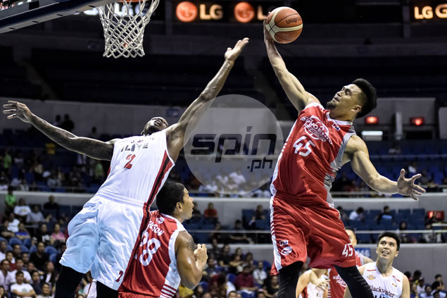 Phoenix dodges bullet late in regulation, outsteadies Blackwater in overtime