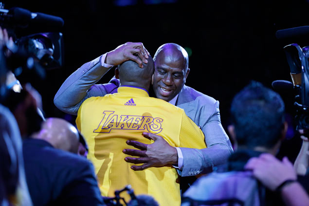 Magic Johnson says he'll bring in Kobe Bryant if tasked to fix LA Lakers