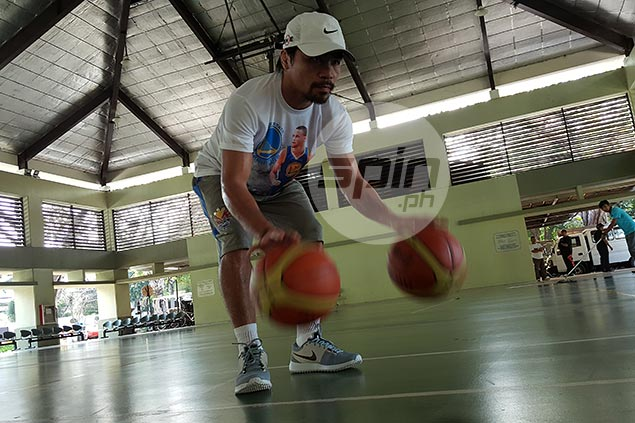 Manny Pacquiao displays fine form in early conditioning training for Timothy Bradley rubber match