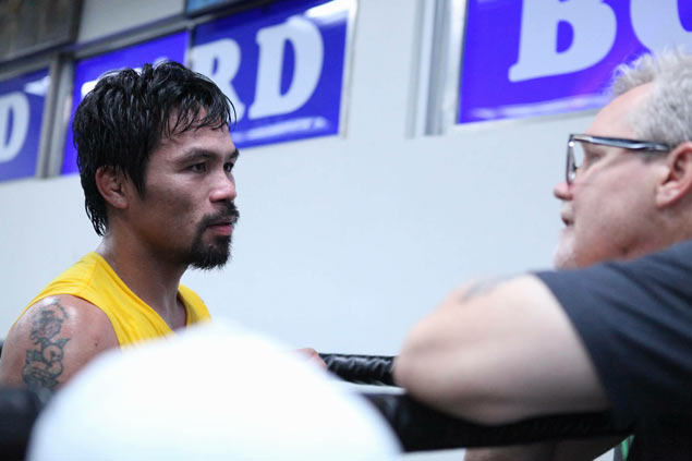 Freddie Roach to convince Manny Pacquiao to retire if he 'doesn't look good' vs Bradley