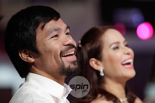 Manny Pacquiao turns to Twitter to pile pressure on dilly-dallying Mayweather