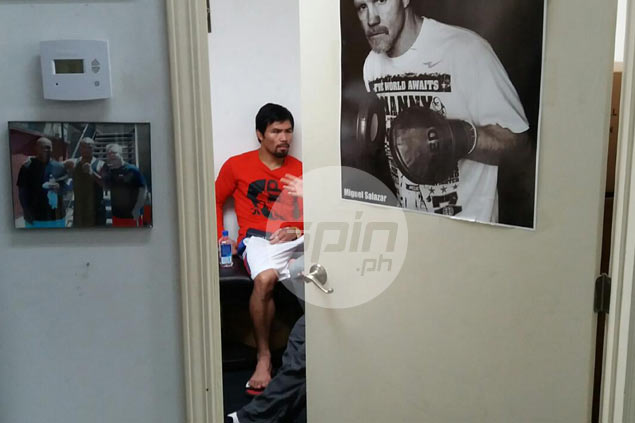 Freddie Roach pleased as Pacquiao prepares to wrap up trouble-free training camp