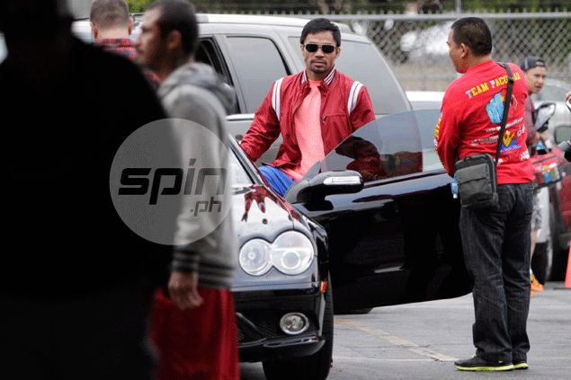 Manny Pacquiao unhurt as man attacks boxing star in LA parking lot
